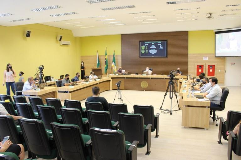 Vereadores aprovam projetos em segunda votação